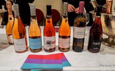 100 Tappi per 100 Bottiglie Il Vino Rosso Siciliano