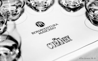 Rum, Rhum o Ron Storia, tradizione, degustazione e abbinamenti.